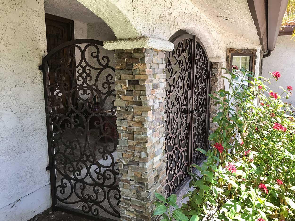 Tuscany Gate